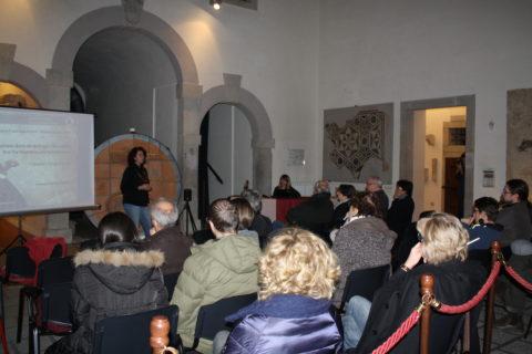 17 nov 2016 Angela Borzacconi presenta la conferenza di Lorena Cannizzaro