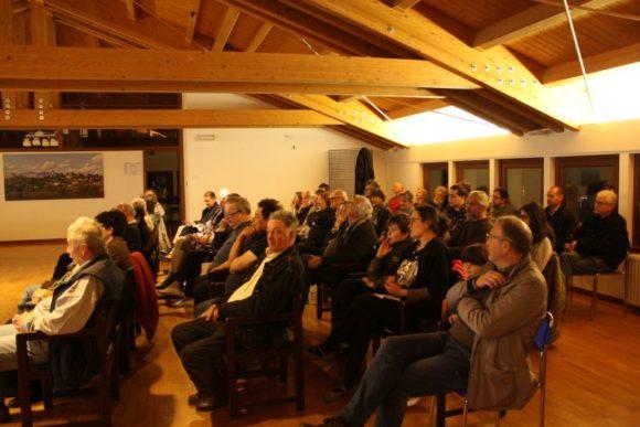 9 mag 2017, il pubblico presente all incontro nel Comune di Moruzzo
