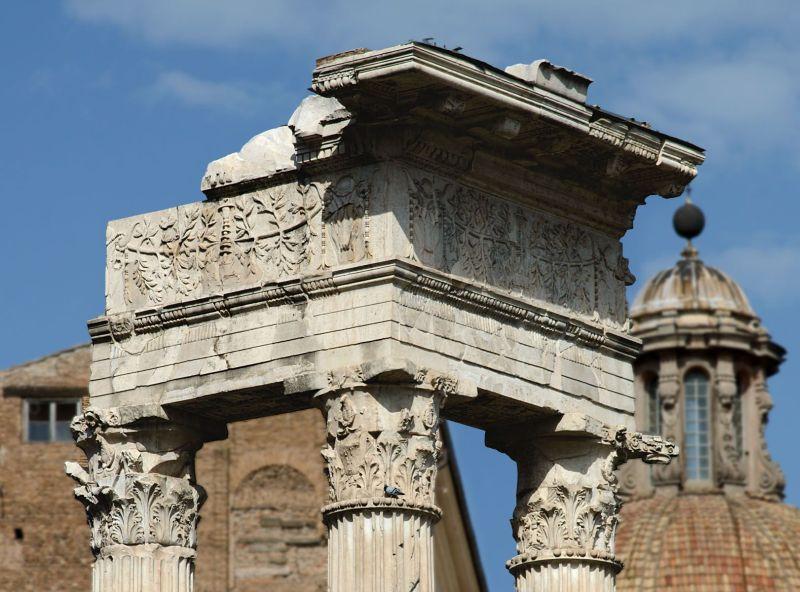 Giacomo CACCIAPUOTI. C(aius) Naevius Phi[lippus] e la chirurgia nel mondo romano.