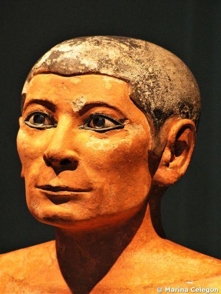 STATUE, GRUPPI E PESUDOGRUPPI. La statuaria dell'Antico Regno, di Marina Celegon.