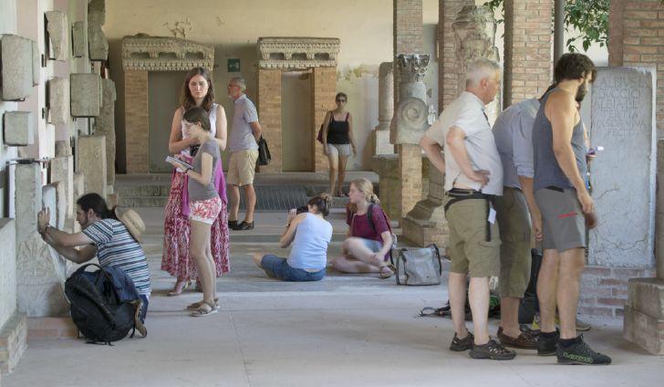 SAXA LOQVVNTVR – MONUMENTI ISCRITTI ROMANI DAL FRIULI – Corso estivo di epigrafia.